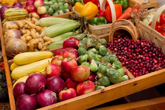 Fall veggies at a farmers market