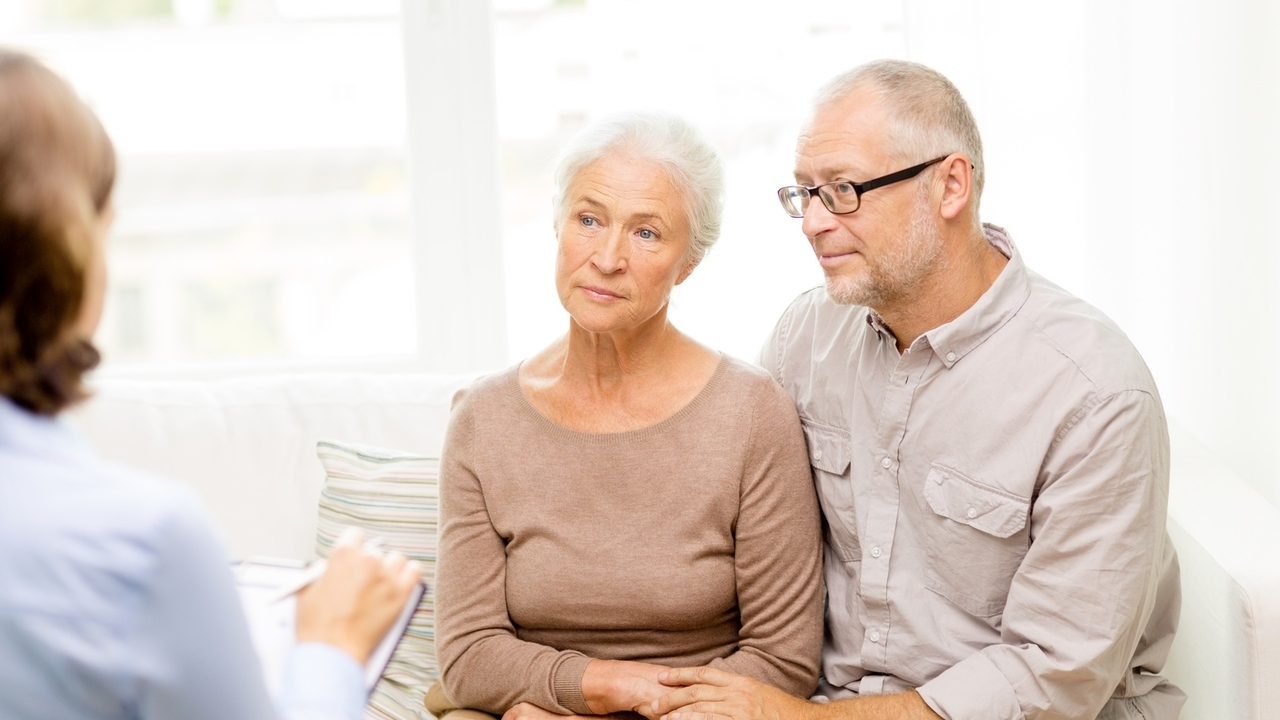 Alzheimer's Disease Crisis Affects Women More Than Men