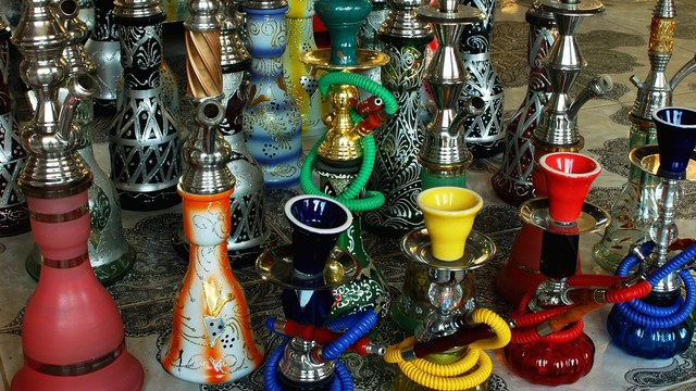 FDA proposes regulation of e-cigarettes, hookahs