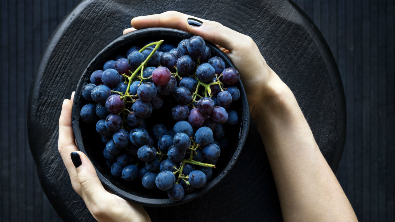 11 Anti-aging Superfoods for Younger Looking Skin