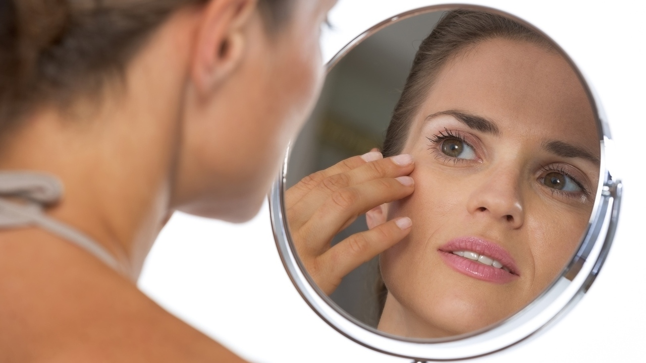 4 Causes for Bumps Around Your Eyes
