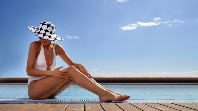 does a pill offer sun damage protection?