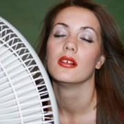 information on heat stroke's causes, symptoms and complications