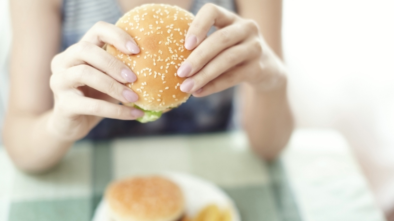 Your Brain on Cheeseburgers: High-Fat Diet and Cognitive Decline