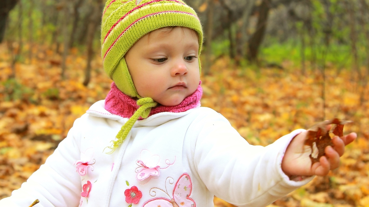Should You Be Using a Child Leash? 3 Alternatives to a Harness