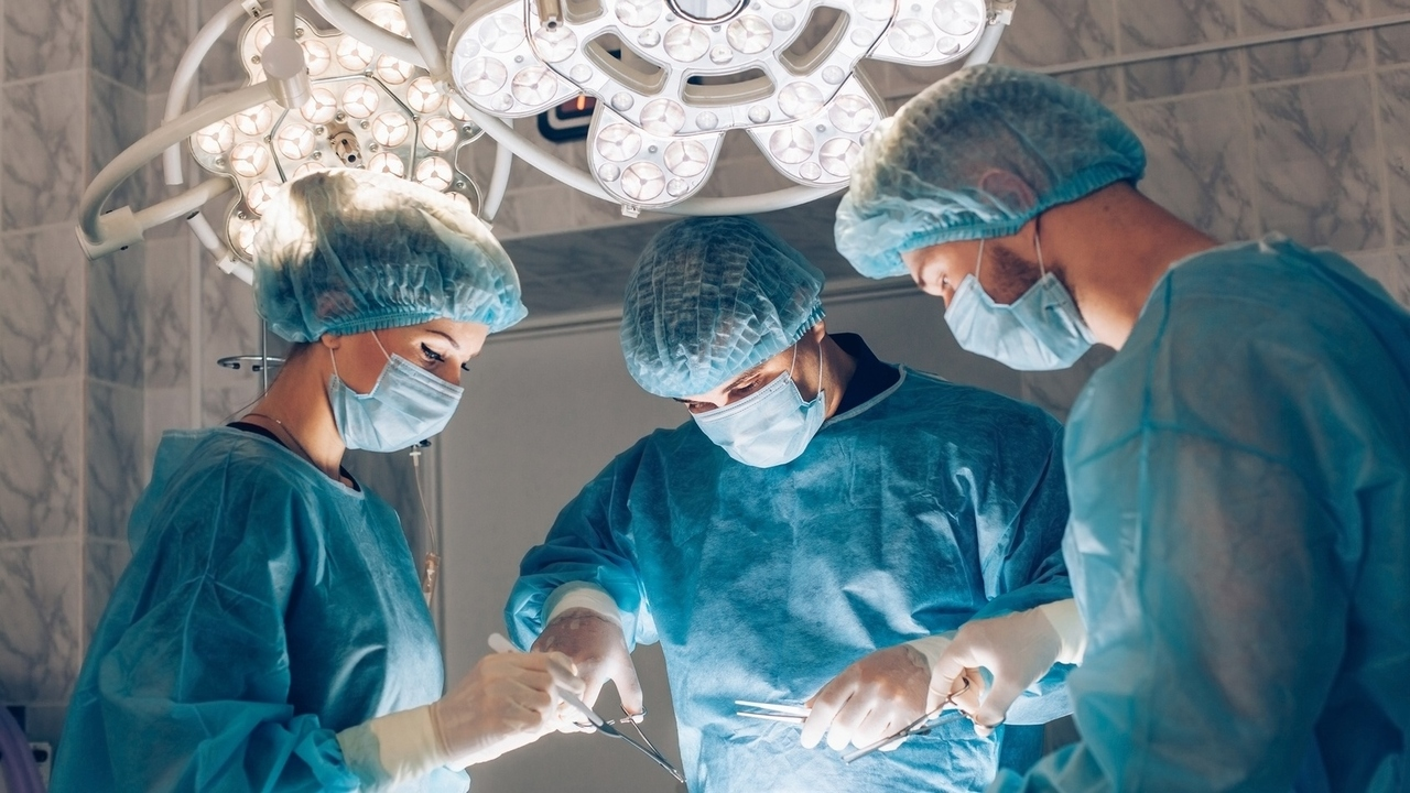 Complications Cause Removal of First U.S. Uterus Transplant