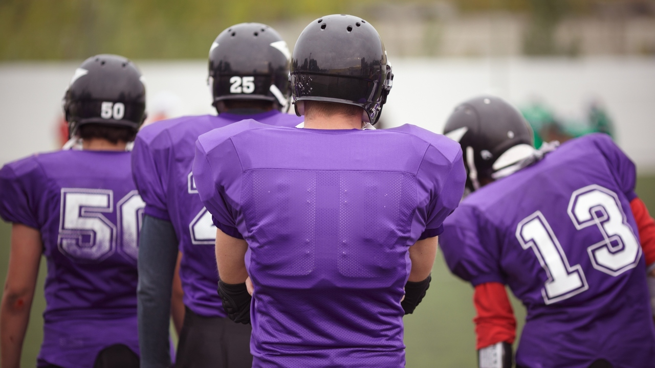 Long-term Effects of Concussions in Football Have to Be Prevented