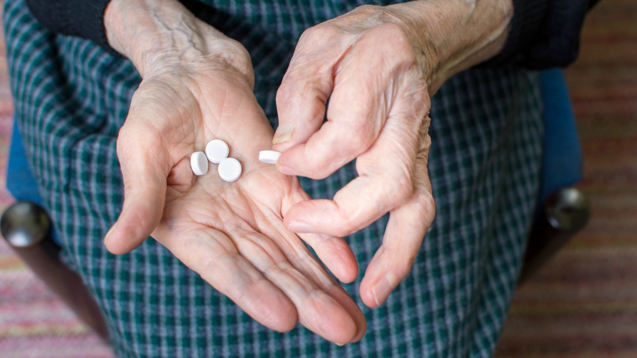 Diabetes Drug May Reduce Risk for Alzheimer's Disease