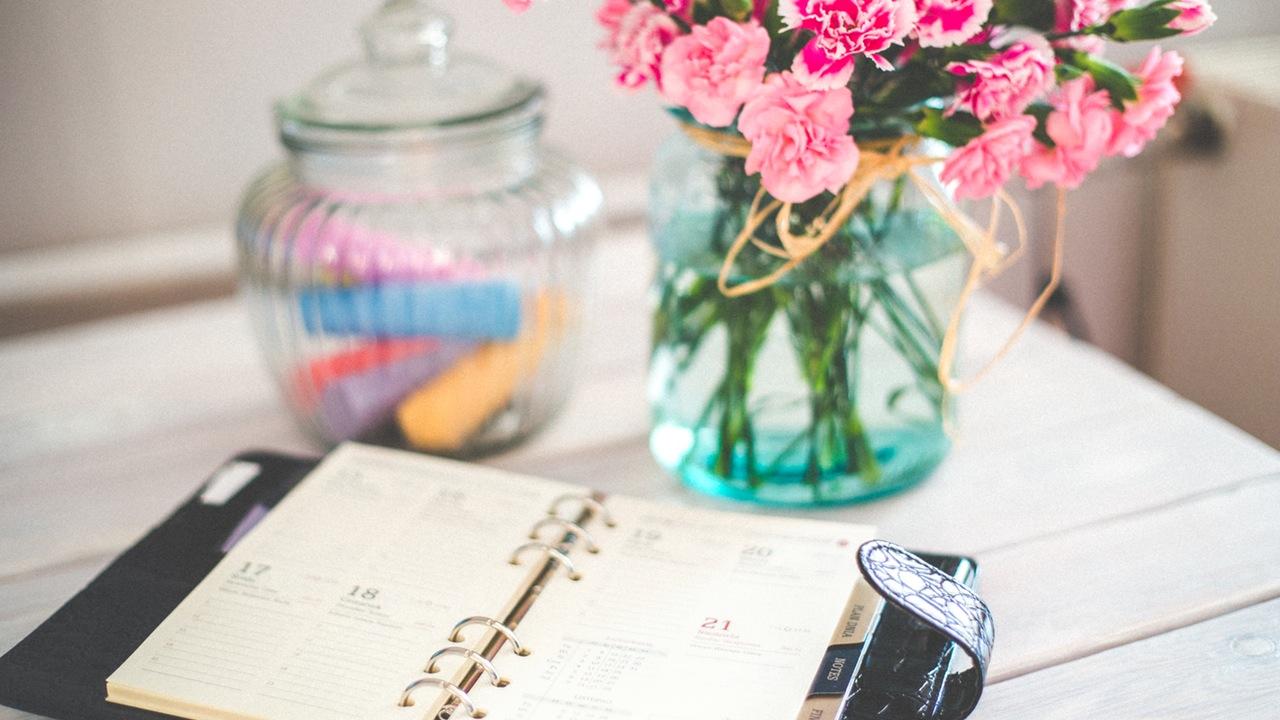weekly-period-calendar