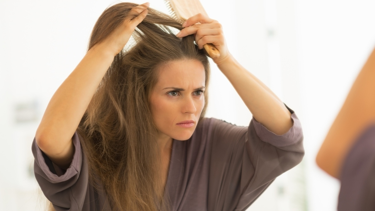 Does Hair Loss Mean That I Have a Thyroid Problem?