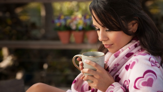 10 Helpful Herbs for Menstruation