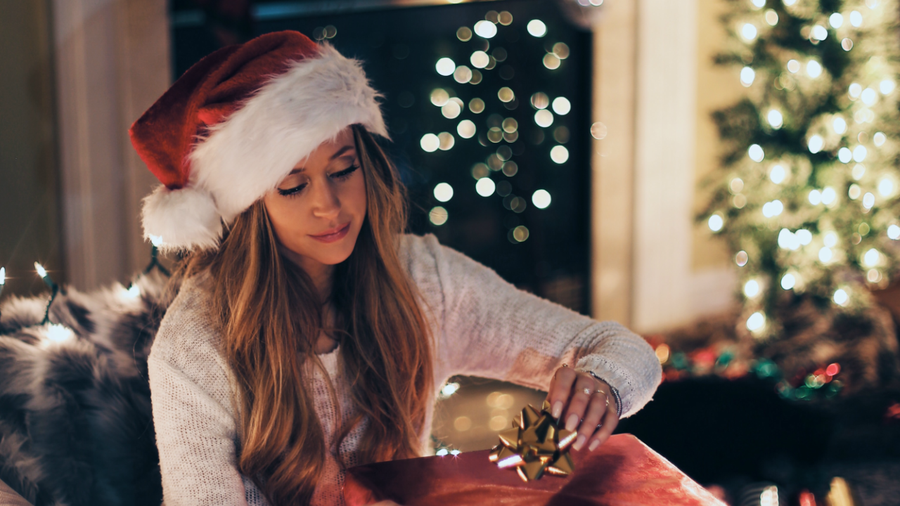 10 Ways You Can Sparkle This Holiday Season