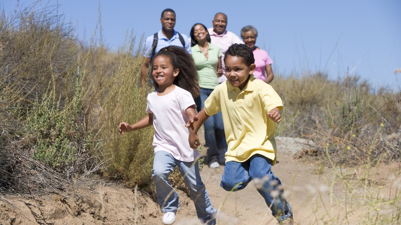 Want Your Kids to Keep Moving? 5 Fun Ways To Get Them Active