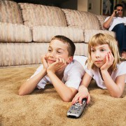 Watching TV Can Raise Blood Sugar Levels for Diabetic Children