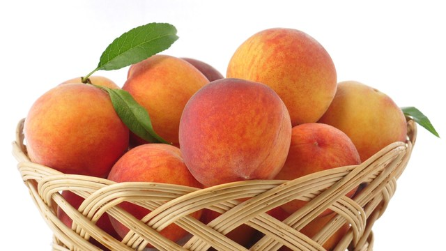 Listeria Risk Results in Fruit Recall by Wawona Packing Company