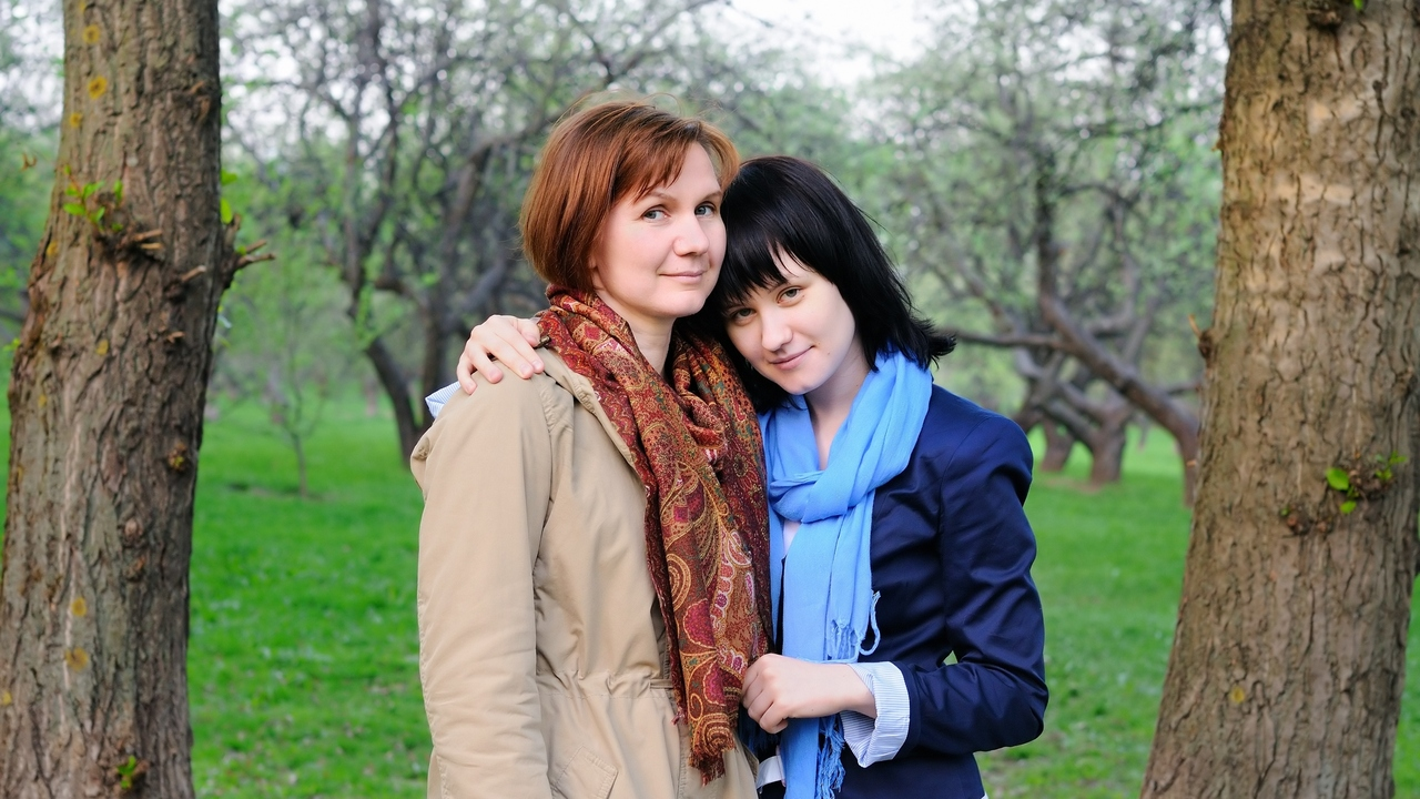 What Makes Menopause Worse? Having A Daughter In Puberty Too