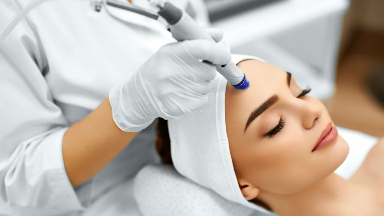 Microdermabrasion: What Is It?