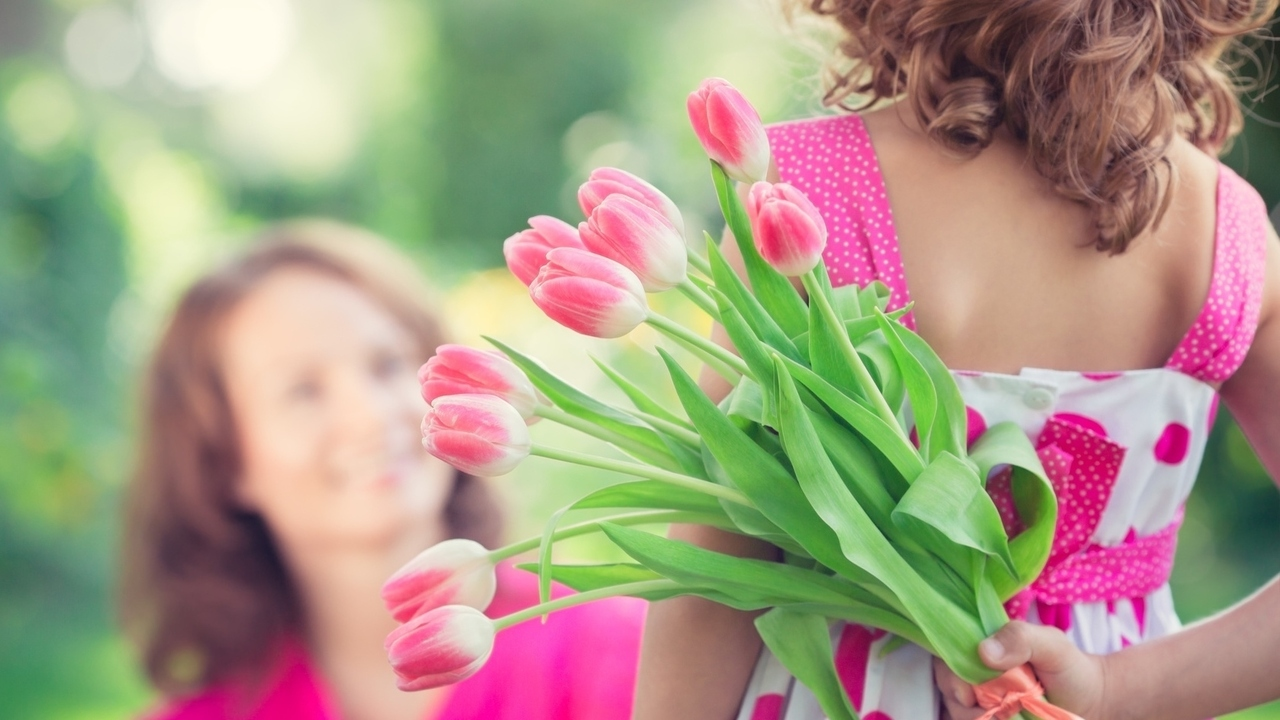 Mother's Day Guide on Etiquette for Families of Divorce