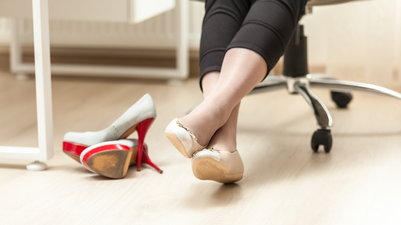 8 Ways You Can Relieve Muscle Tension Caused by Your Desk Job