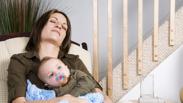 postpartum depression is compounded by new moms' lack of sleep