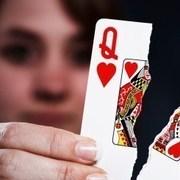 torn-card-queen-hearts