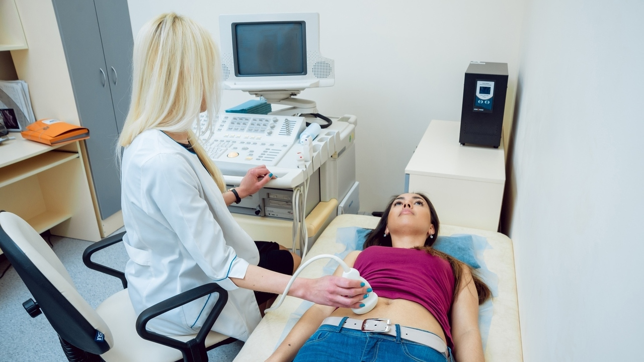 Suffering From Ovarian Cysts? Some Proven Ways to Treat Them
