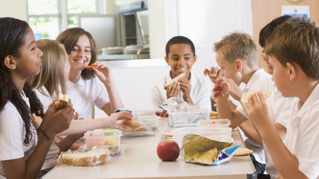 summer programs provide free lunches for children when school's out
