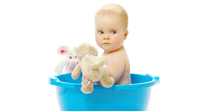 bathtime toddler tantrums? try these tips