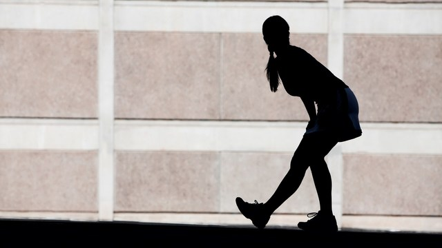 researchers' views on whether walking or running is better