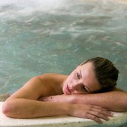 pain and the need for medication can be reduced by water therapy