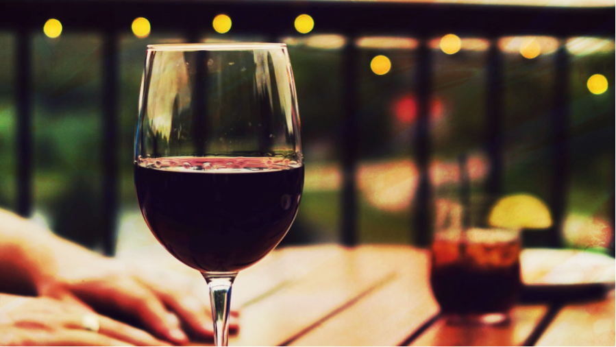 How Sipping From Your Wine Glass Affects Your Smile