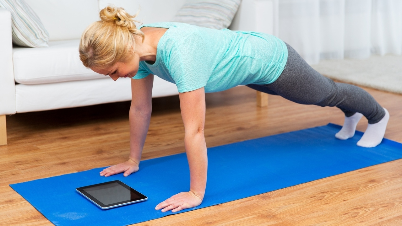 Three 15-Minute Workouts That Can Be Done Anywhere