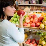 Organic foods can improve health (Jupiterimages/Creatas/Thinkstock).